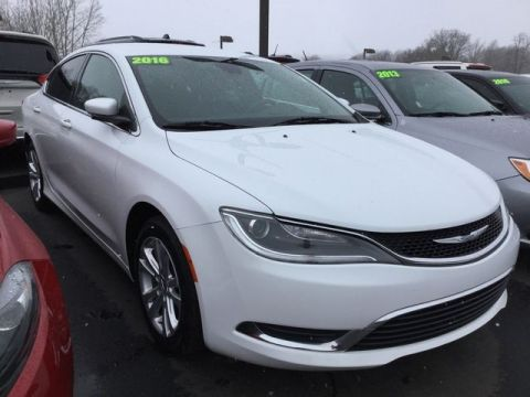 Used car dealer near penn yan ny friendly dcjr used chrysler 200 limited fandeluxe Images