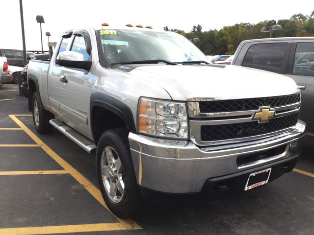 Pre Owned 2011 Chevrolet Silverado 2500hd Lt Truck Extended Cab In